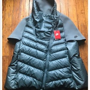 Grey Nike bubble vest